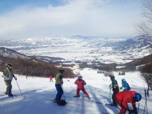 「調布市競技スキー教室」始まりまーす!